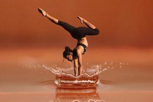 ダンス女性