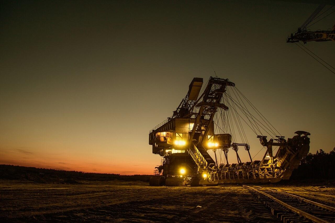 夜勤期間工工場